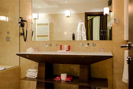 Important materials of Double Sink Vanity Rough In